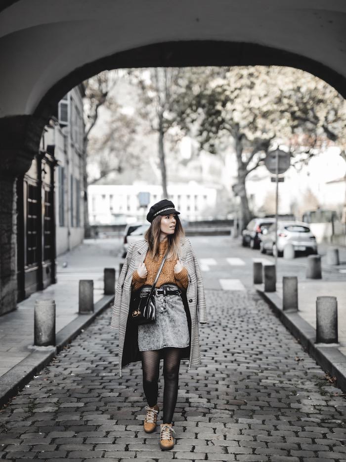 Inspiration look femme 2019 2020 manteau carreaux pull maille jaune bottines Rieker blog mode By Opaline Lyon France