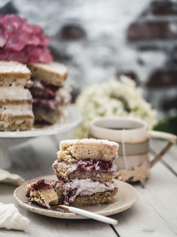 Recette naked cake vegan coco framboise