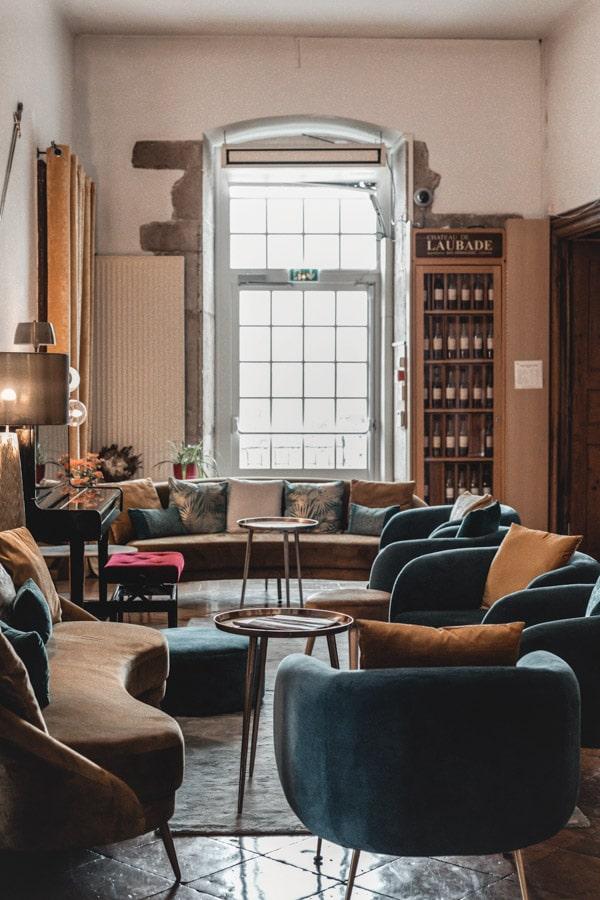 Un séjour ou un week-end au Château de Chapeau Cornu vers Lyon - Le hall d'entrée