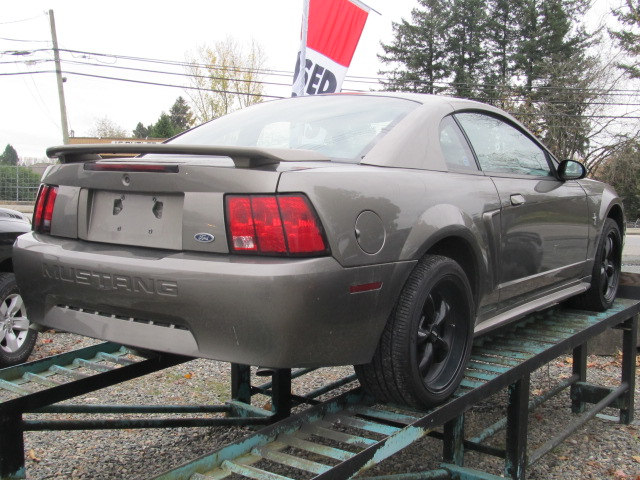 2001 ford mustang coupe by pass auto