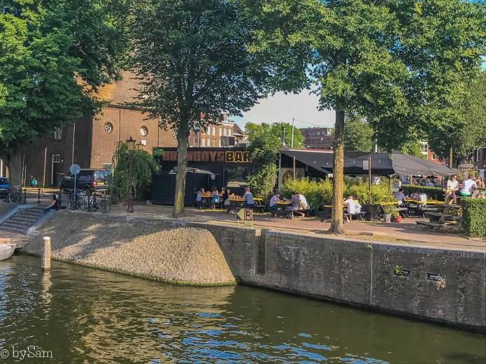 Brew Boys Bar Amsterdam Oost terras water