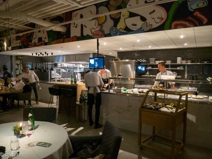 Restaurant Lars met open keuken chefs