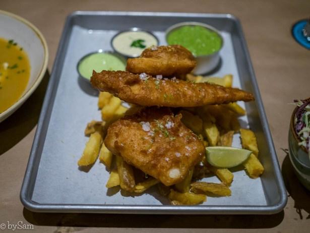 Fish & chips eten Amsterdam The Good Companion centrum