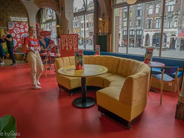 Nieuwe hotspot Amsterdam Centrum Tony's Chocolonely Chocolate Bar Beurs van Berlage