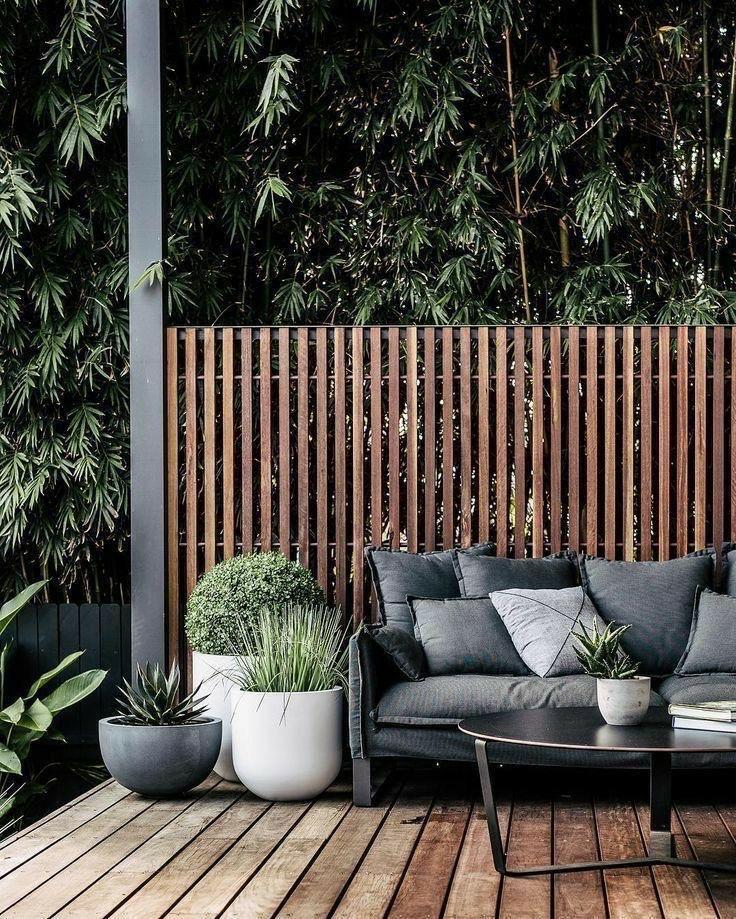reno ideas: outdoor space with wood panelling