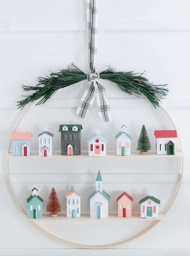 paper houses wreath