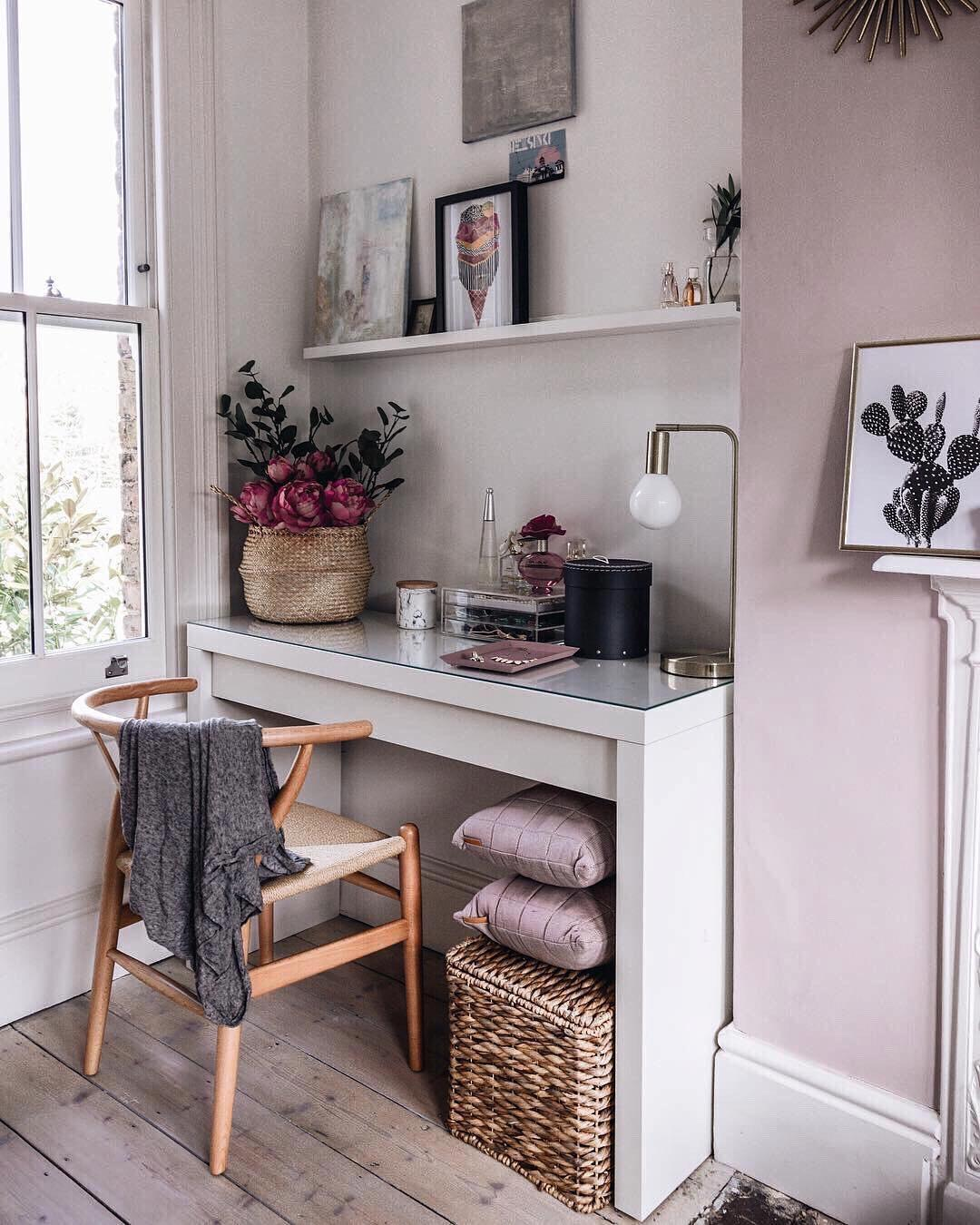 dressing table with flowers