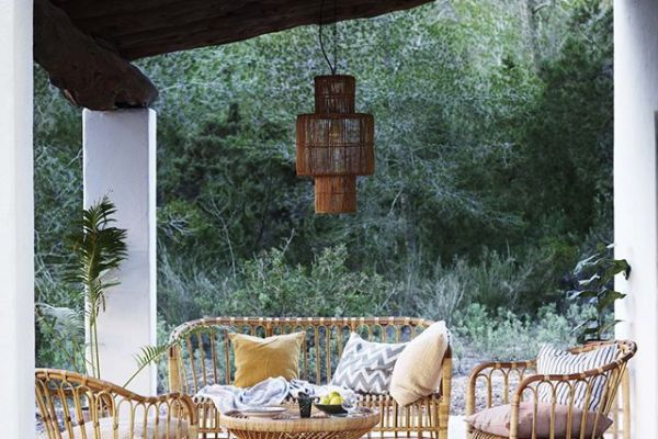 Garden seating area ideas for your garden