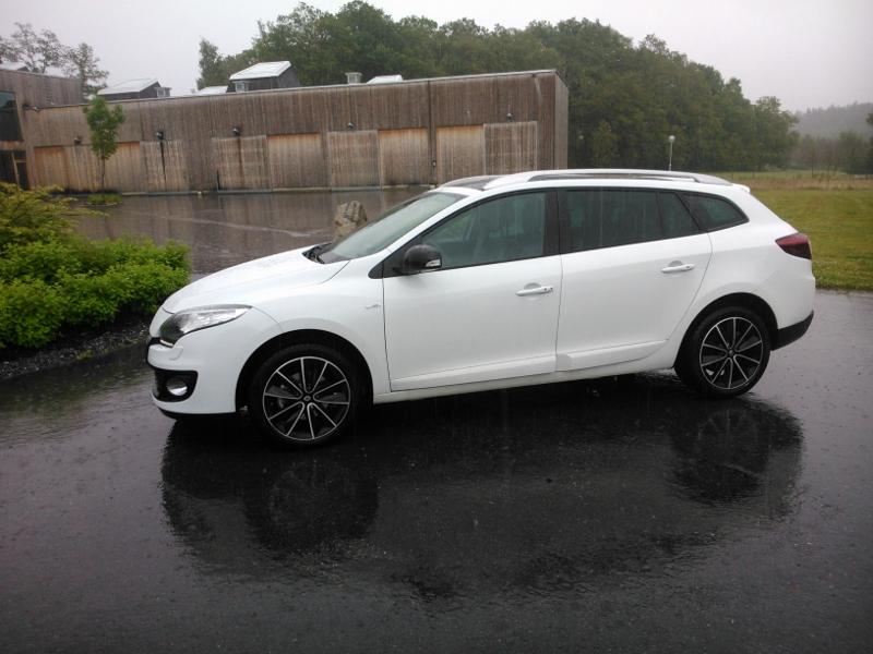Renault Megane i regn