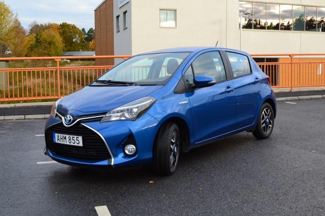 Toyota Yaris 2015 (52) (1280x852)