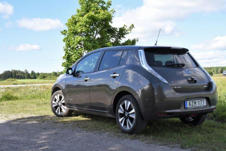 Nissan Leaf Tekna 2016 (4)
