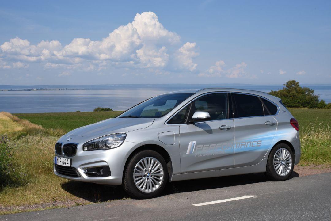 Laddhybrid – Plug-in hybrid bil – Tjänstebil för bilpendling
