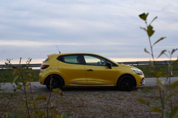 renault-clio-rs-2016-3