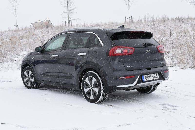 test kia niro hybrid 1 6 dct en supertrevlig vardagsbil. Black Bedroom Furniture Sets. Home Design Ideas
