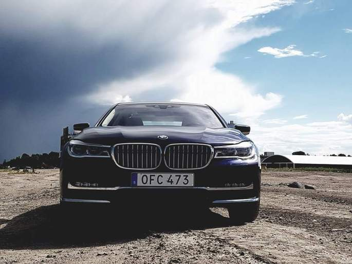 BMW 7 series 2017 (3)