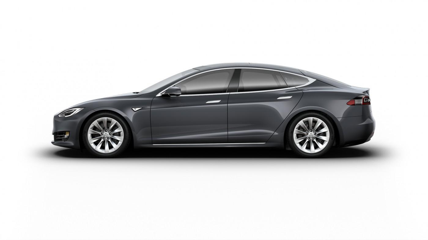 Test Tesla Model 3 Performance