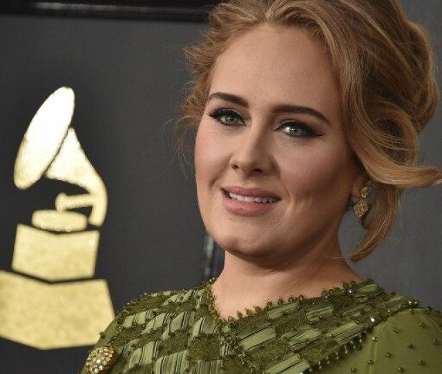 Sangerin Adele Feiert Am  Ihren 29 Geburtstag