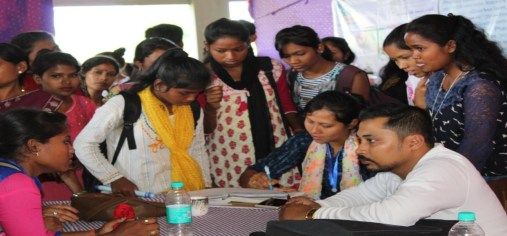 Participants consulting experts from different institutes about the skill development courses