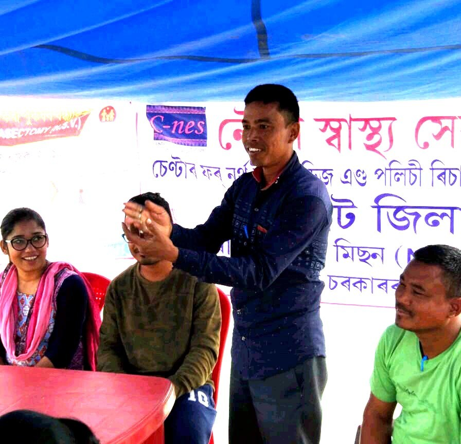 Community worker Jadumoni Hazarika participating at an awareness camp conducted by the Jorhat Boat Clinic at 18 camp sites in December 2018 on NSV as part of NSV fortnight campaign