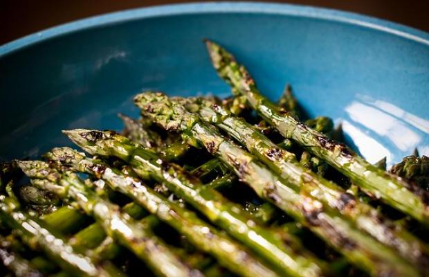 Grilled Spicy Asparagus
