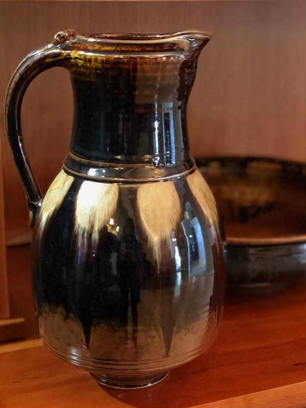 dark brown pitcher by Richard Aerni