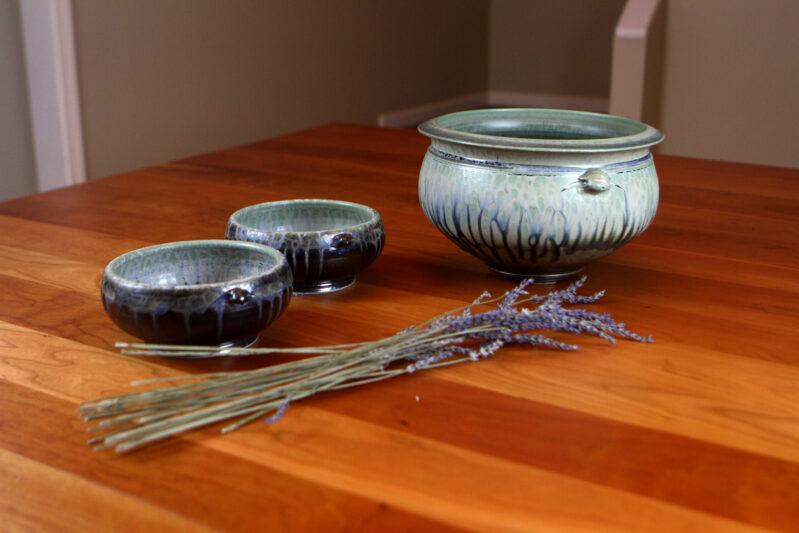 Richard Aerni handmade pottery soup tureen and bowls