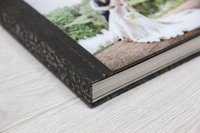 "Album - 10""x10"" - Material = Black Lace (19) - Cover = Acrylic"