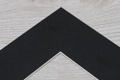 Black Mount Colour