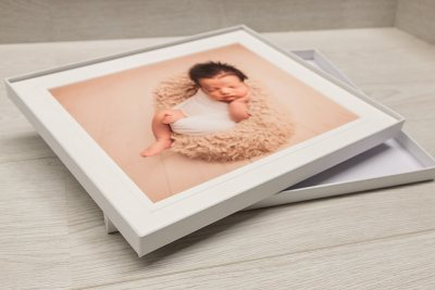 Giclée Art Box - White Box / Minuet Mount