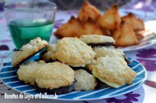 caaleyrebon biscuit à la noix de coco et rochers coco