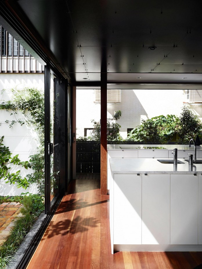 Oxlade-Drive-House-by-James-Russell-Architect-05