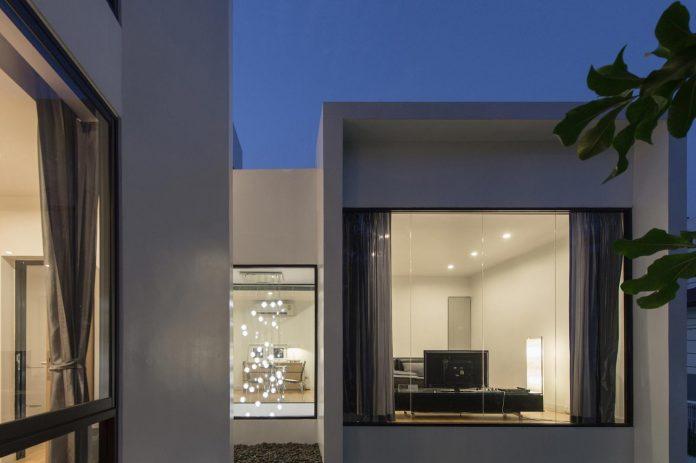 kradoan-house-thiti-ophatsodsai-serenity-nature-urban-lifestyle-bangkok-35