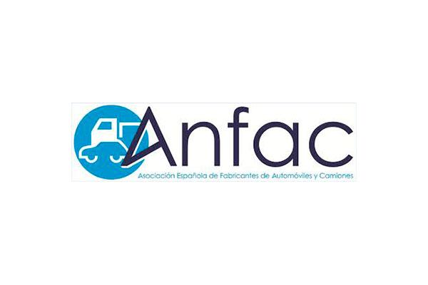 ANFAC diseña la movilidad del futuro con un plan con 50 medidas