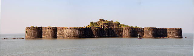 Mughal admiral Siddi Yaqut operated his navy out the island fortress of Murud-Janjira. It is the only fort along India's Western coast that continued to remain undefeated despite Dutch, Maratha and English East India Company attacks.