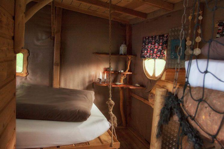 Intérieur de la cabane Pirate