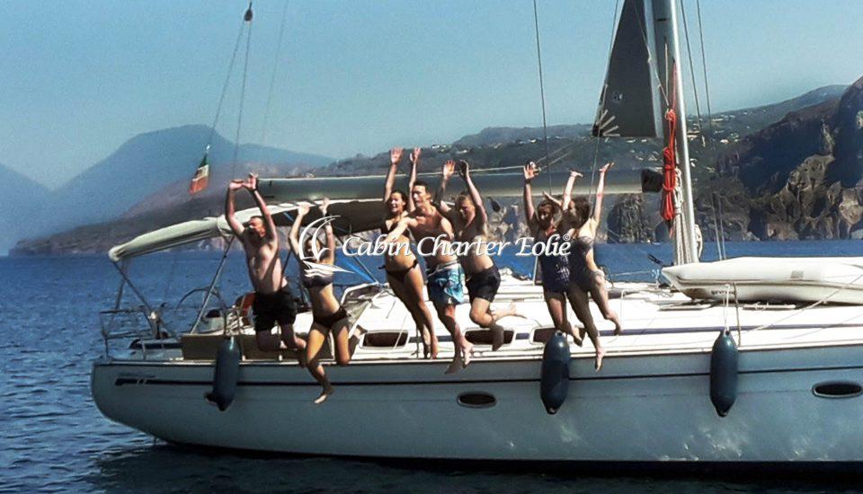 Lipari - Faraglioni - Vacanza in Barca a Vela - Cabin Charter Eolie - Imbarco Single - Flottiglia