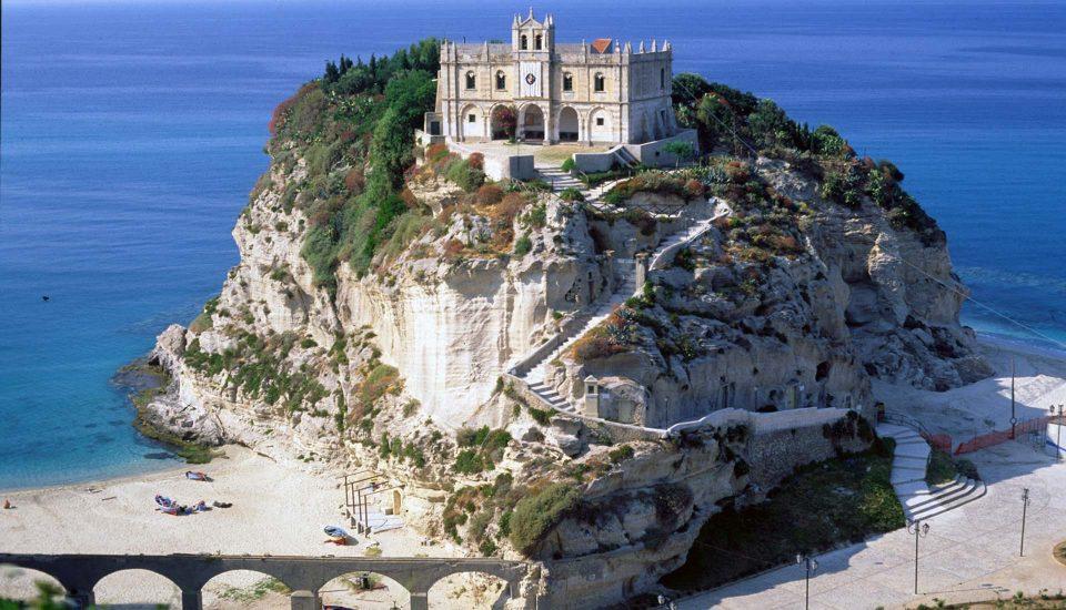Cabin Charter Eolie - Tropea - Convento - Vacanza in Barca a Vela - Viaggio in Barca a Vela - Calabria - Sicilia