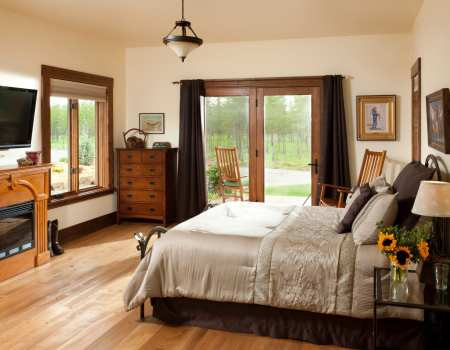 luxurious room at cabin creek landing twin falls room