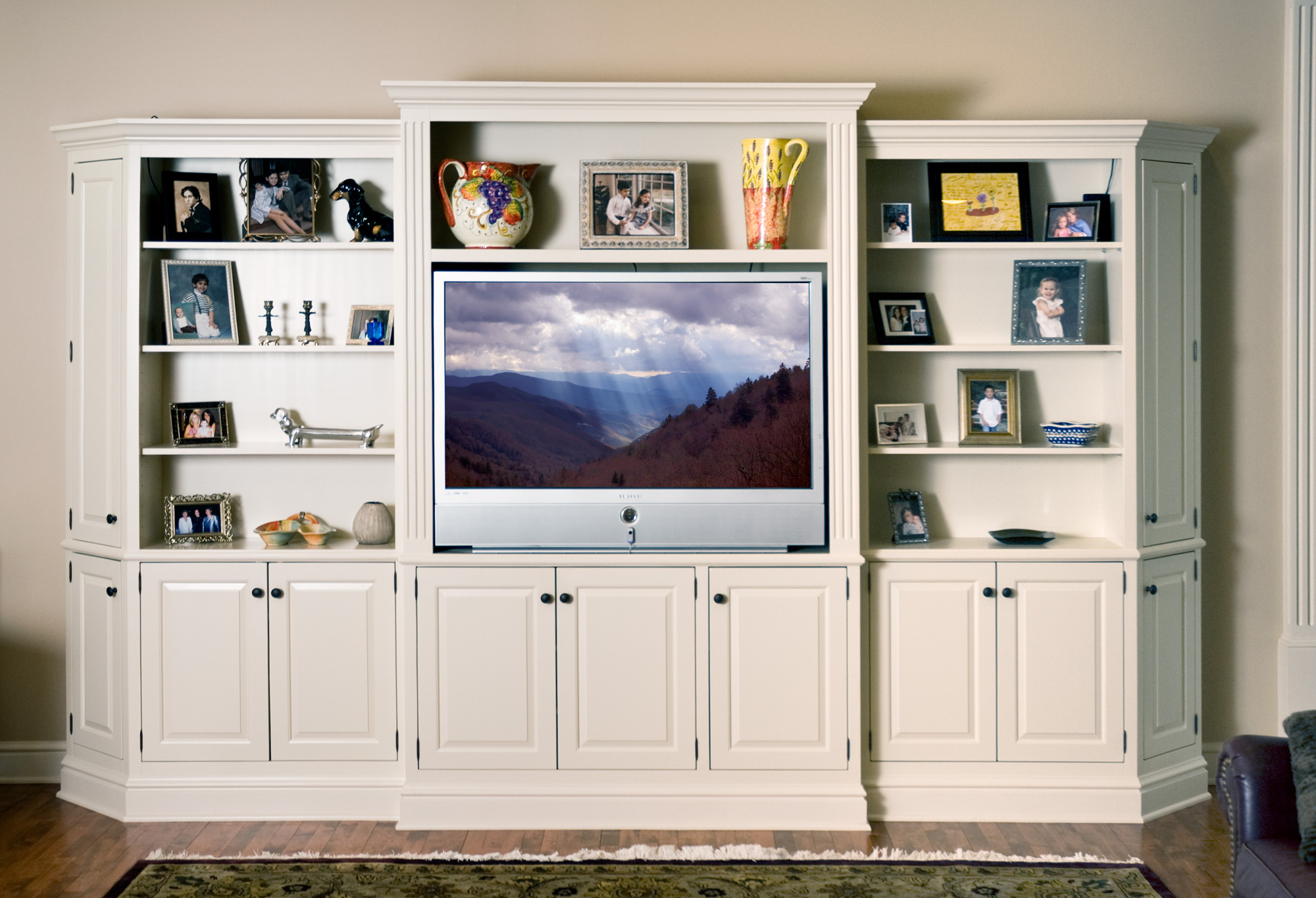 White Wall Entertainment Centers