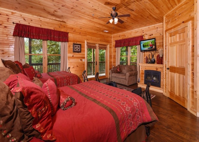 Amazing Grace Cabin 8 Bedroom