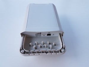 CableFree LTE CPE Outdoor Cat6 to Cat 12