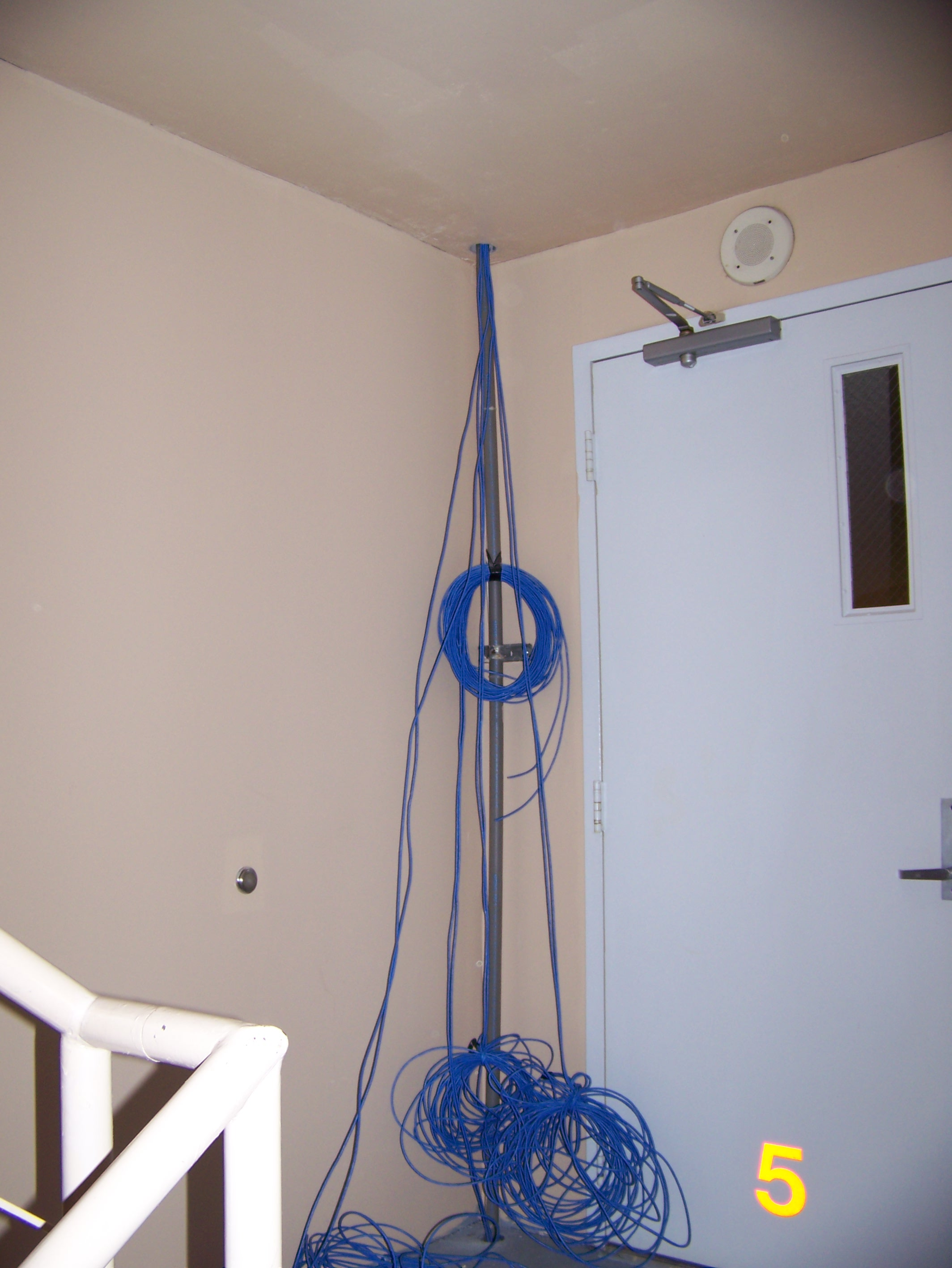 Embassy suites cabling guys for Install consul