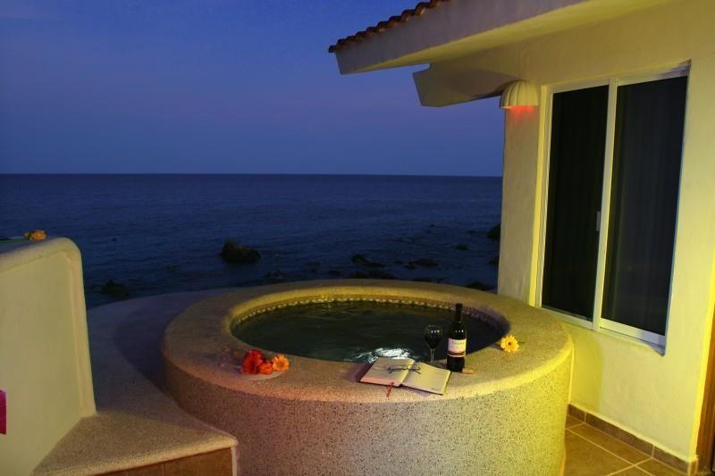 Punta_Pescadero_Hotel_Private_Tub