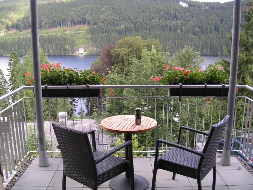 Vista dende a terraza do Hotel Alemannenhof en Titisee (Alemaña)