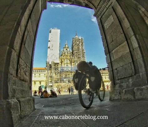 Praza do Obradoiro, bici, bicigrino, camino de santiago