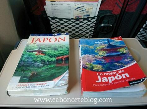 Guías en papel en nuestro viaje por Japón