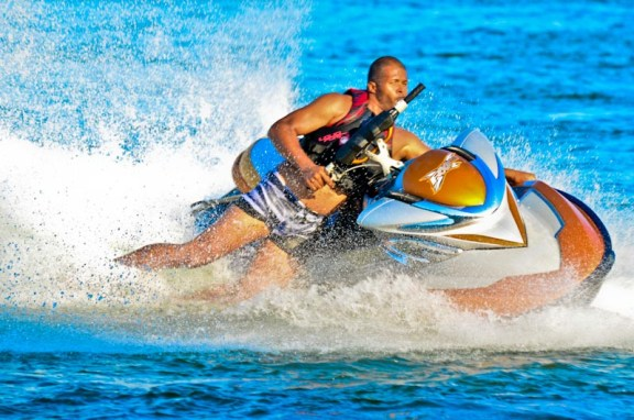 Cabral Ibacka jetski stunt 2013-1