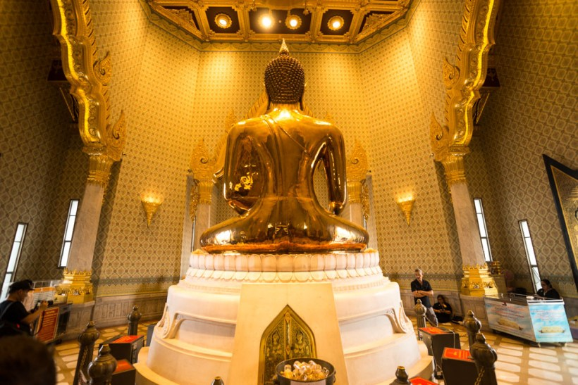 bangkok-2016-the-temple-of-the-golden-buddha-11-of-26