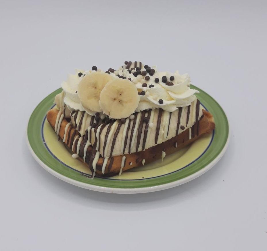 Wafel met banaan en chocolade