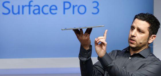 El vicepresidente Panos Panay presenta la tableta Surface Pro 3